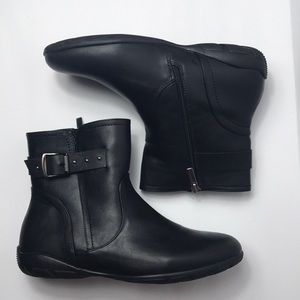 Catherine good sole boots size 10W